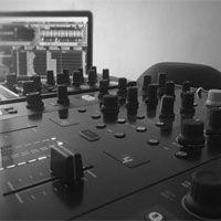 mesa-de-sonido-de-pinchadiscos